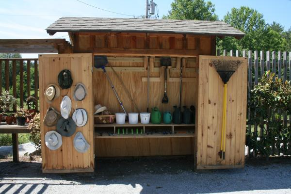 tool lending shed