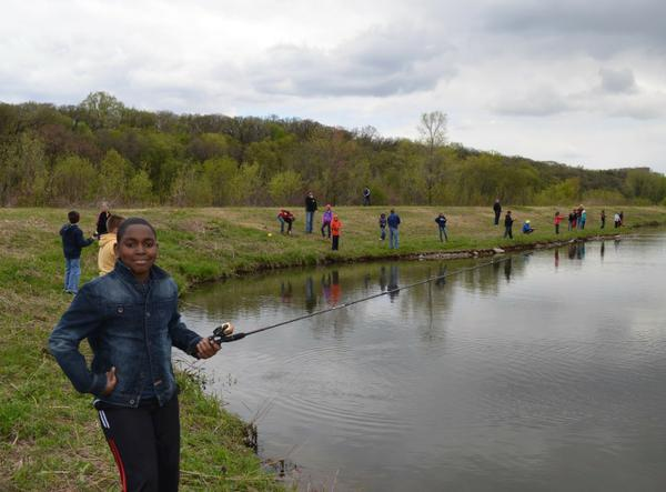 Barriers and strategies to connecting urban audiences to for Tualatin river fishing