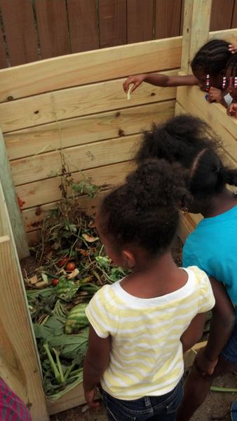 Thumbnail image for Composting in Childcare Center Gardens